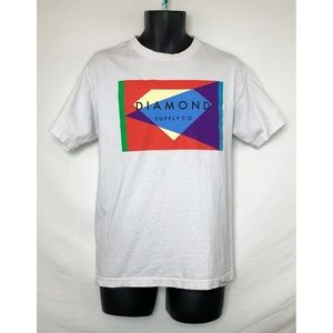 NWOT White SS Shirt w Multi Color Logo Graphic!